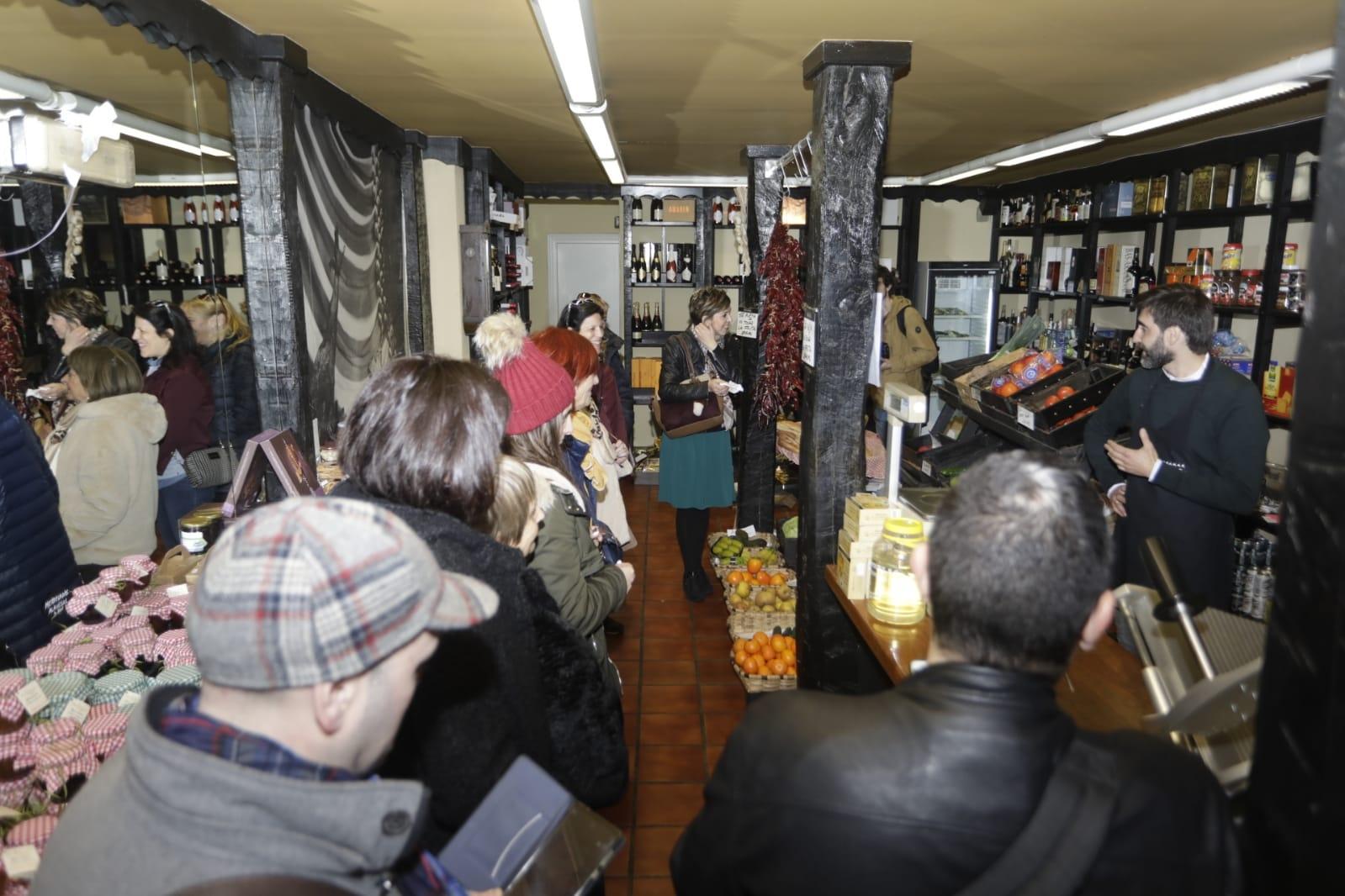 "Ruta Hemengo Shopping ""Establecimientos Gourmet"""